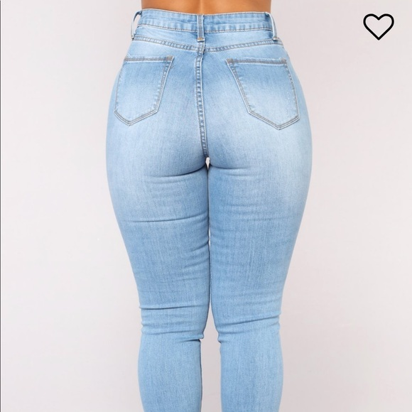 low price special selection of enjoy complimentary shipping Fashion nova hannah high rise jeans light wash NWT